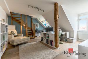 Luxusní půdní byt 5+kk se střešní terasou v Praze na Vinohradech